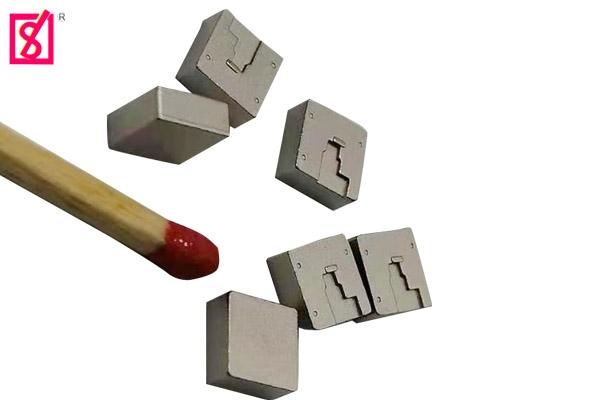 四方块冷挤压加工